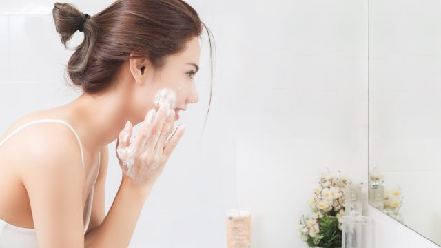 Step-by-step instructions to Get Naturally Glowing Skin
